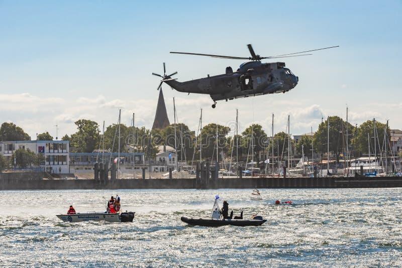 Άσκηση Warnemà ¼ nde Γερμανία αναζήτησης και διάσωσης στοκ εικόνες