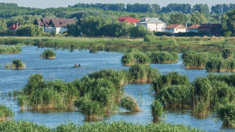 Άποψη λιμνών - του δέλτα Tulcea προορισμός Δούναβη στοκ εικόνες