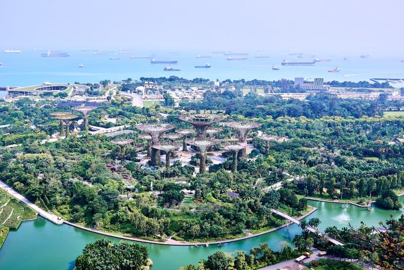 Άποψη των κήπων από τον κόλπο που βλέπει από τα ύψη ενός ξενοδοχείου στοκ φωτογραφία
