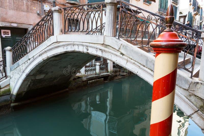Ένα κανάλι της Βενετίας στοκ εικόνες με δικαίωμα ελεύθερης χρήσης