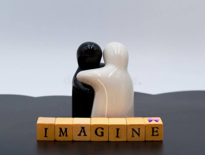 Έννοια της ειρήνης μεταξύ των ανθρώπων στο άσπρο υπόβαθρο στοκ φωτογραφία με δικαίωμα ελεύθερης χρήσης