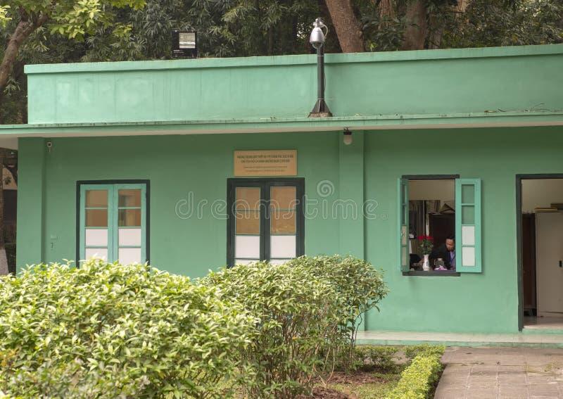 Αίθουσα εκθέσεως του ιατρικού equipement που χρησιμοποιείται για να μεταχειριστεί το Ho Chi Minh, πίσω από το σπίτι ξυλοποδάρων,  στοκ εικόνες