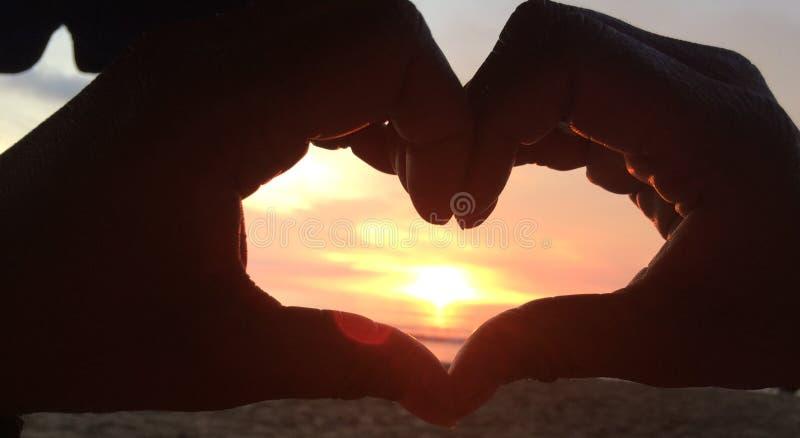 Αγάπη ηλιοβασιλέματος στοκ φωτογραφίες με δικαίωμα ελεύθερης χρήσης