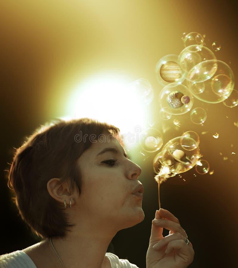 Αναπνοή που δημιουργεί τη ζωή στοκ εικόνες
