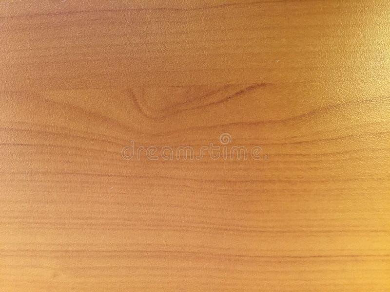 ανοικτό κίτρινο υπόβαθρο χρώματος, ξύλινη επιτραπέζια σύσταση στοκ εικόνες