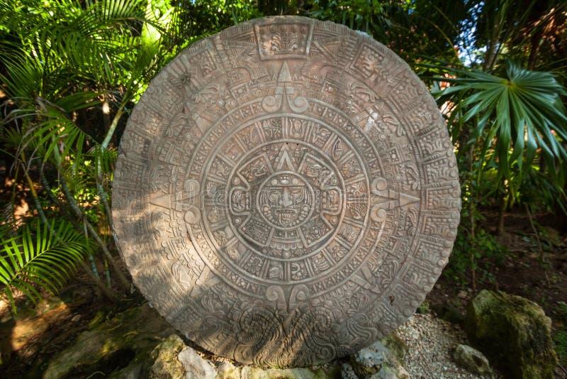 Αρχαίο των Μάγια ημερολόγιο στη ζούγκλα Jucatan, Μεξικό στοκ φωτογραφία με δικαίωμα ελεύθερης χρήσης