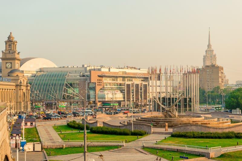 Αρχιτεκτονική του σιδηροδρομικού σταθμού της Μόσχας - Kazan το πρωί στοκ εικόνες