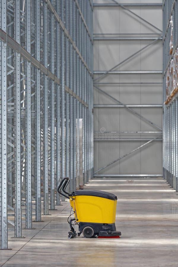 Αποθήκη εμπορευμάτων μηχανών τριφτών στοκ εικόνα με δικαίωμα ελεύθερης χρήσης