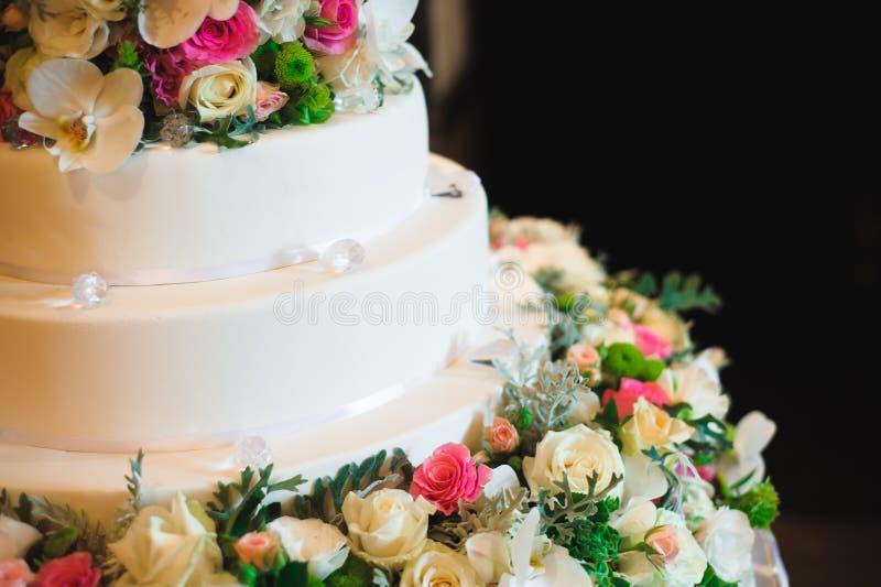 γάμος 8 πιτών Εύγευστος γλυκός μπουφές διακοπών με τα επιδόρπια στοκ φωτογραφία με δικαίωμα ελεύθερης χρήσης