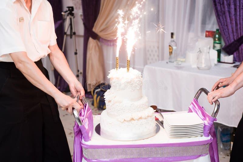 γάμος 8 πιτών Εύγευστος γλυκός μπουφές διακοπών με τα επιδόρπια στοκ εικόνες