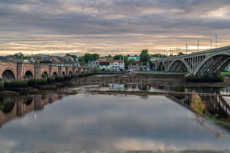 Γέφυρες πέρα από το τουίντ ποταμών στο berwick-επάνω-τουίντ, Αγγλία, UK στοκ εικόνες