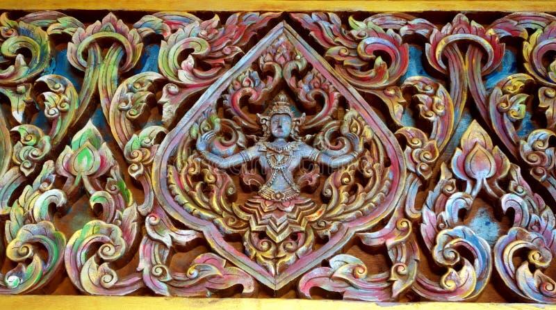 Γλυπτό στον τοίχο του ναού στοκ εικόνα