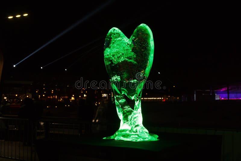 Γλυπτό πάγου του φεστιβάλ καρδιών σε Jelgava, Λετονία στις 9 Φεβρουαρίου 2019 στοκ εικόνες με δικαίωμα ελεύθερης χρήσης