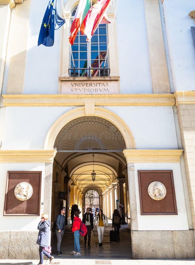 Είσοδος στο πανεπιστήμιο της Παβία στο στρεπτόκοκκο Nuova Corso στοκ εικόνα