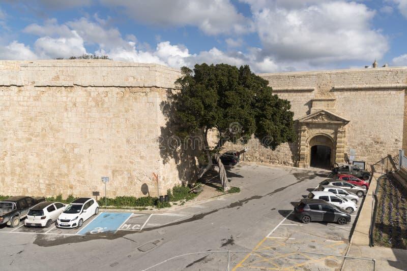 Είσοδος πυλών Ελλήνων στην παλαιά πόλη Mdina Μάλτα στοκ εικόνα με δικαίωμα ελεύθερης χρήσης