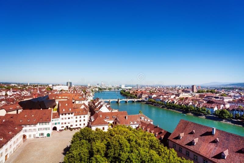 Εικονική παράσταση πόλης της Βασιλείας και ο ποταμός του Ρήνου στην Ελβετία στοκ εικόνα με δικαίωμα ελεύθερης χρήσης