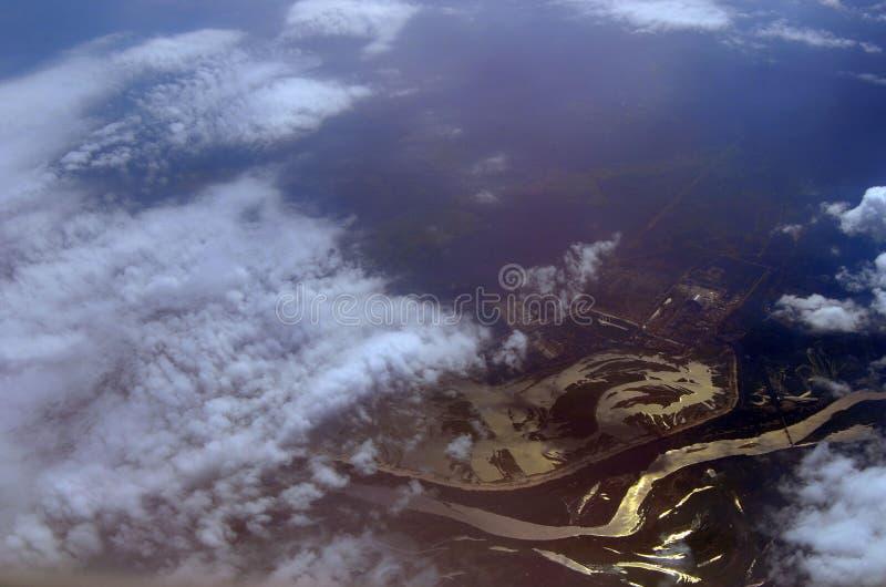 Εναέρια άποψη εγκαταστάσεων παραγωγής ενέργειας του Τσέρνομπιλ από το επιβατηγό αεροσκάφος στοκ εικόνες