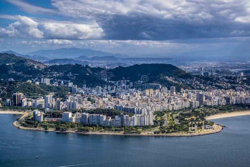 Εναέρια άποψη του Ρίο από τη φραντζόλα ζάχαρης, Ρίο ντε Τζανέιρο, Βραζιλία στοκ φωτογραφία