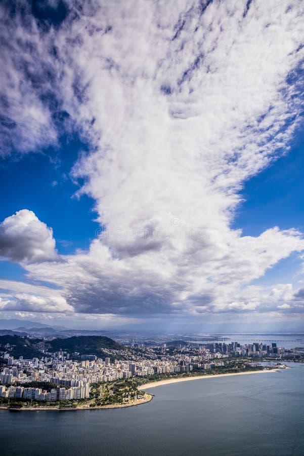 Εναέρια άποψη του Ρίο από τη φραντζόλα ζάχαρης, Ρίο ντε Τζανέιρο, Βραζιλία στοκ εικόνες