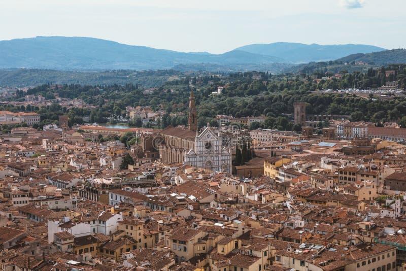 Εναέρια πανοραμική άποψη της πόλης της Φλωρεντίας από το θόλο του καθεδρικού ναού της Φλωρεντίας στοκ εικόνες με δικαίωμα ελεύθερης χρήσης