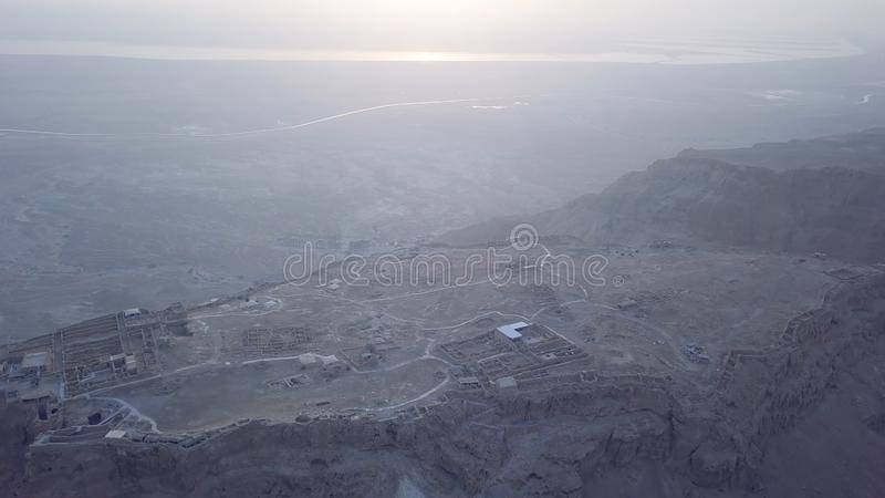 Εναέριο Masada και νεκρή άποψη θάλασσας το πρωί στοκ φωτογραφία με δικαίωμα ελεύθερης χρήσης