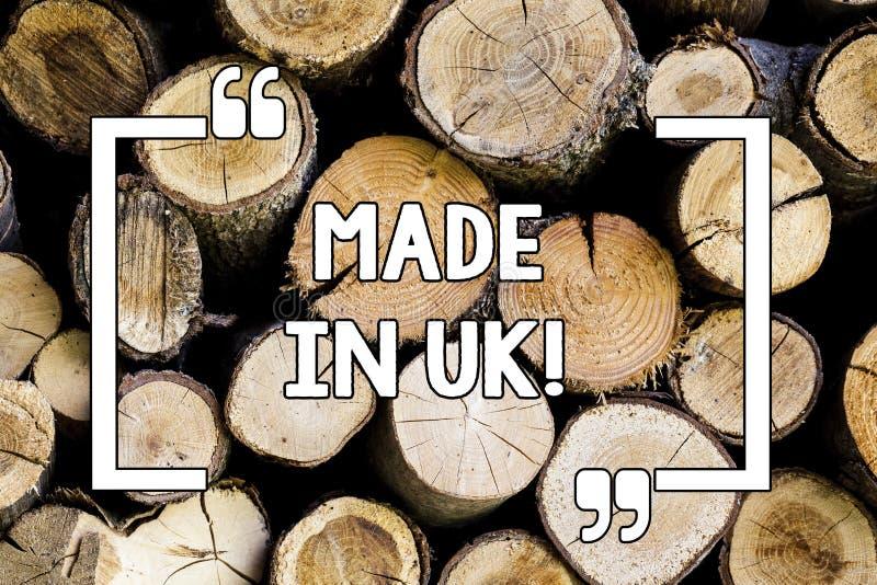 Εννοιολογική παρουσίαση γραψίματος χεριών που κατασκευάζεται στο UK Επιχειρησιακή φωτογραφία το κείμενο κάτι στο Ηνωμένο Βασίλειο διανυσματική απεικόνιση