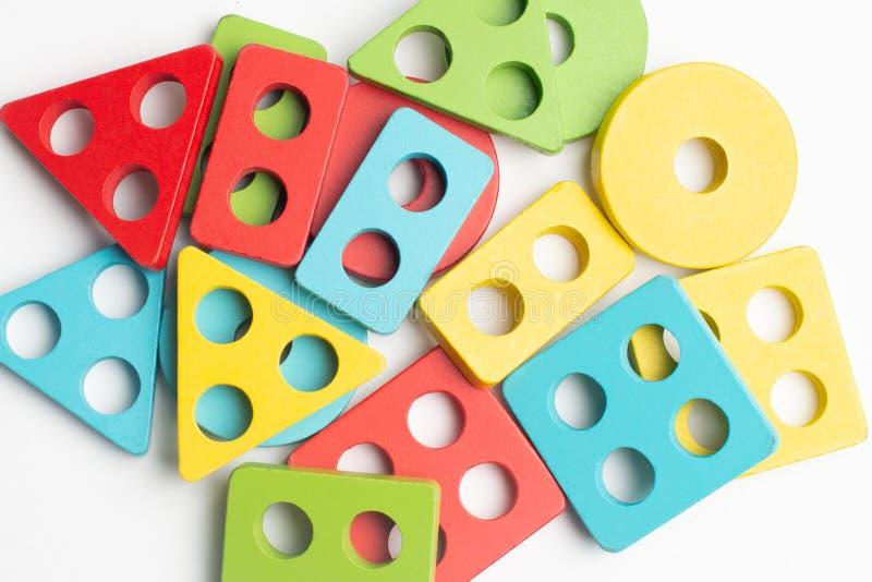 Ζωηρόχρωμη ανάπτυξη παιδιών με τον κύκλο, το squara, το τρίγωνο και το ορθογώνιο στοκ φωτογραφίες