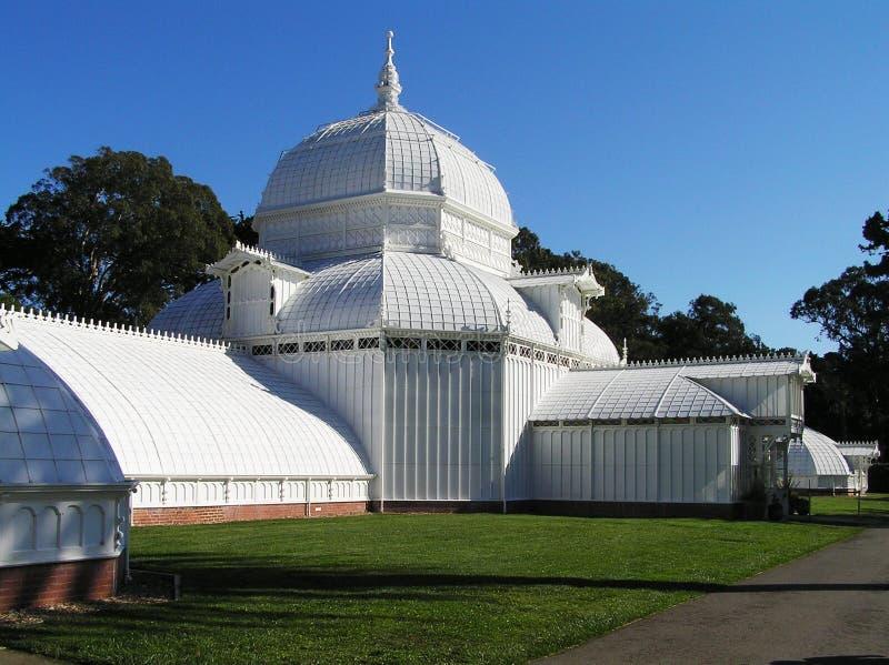 ΗΠΑ, Σαν Φρανσίσκο, Καλιφόρνια - θερμοκήπιο των λουλουδιών που χτίζουν στο χρυσό πάρκο πυλών στοκ φωτογραφία με δικαίωμα ελεύθερης χρήσης