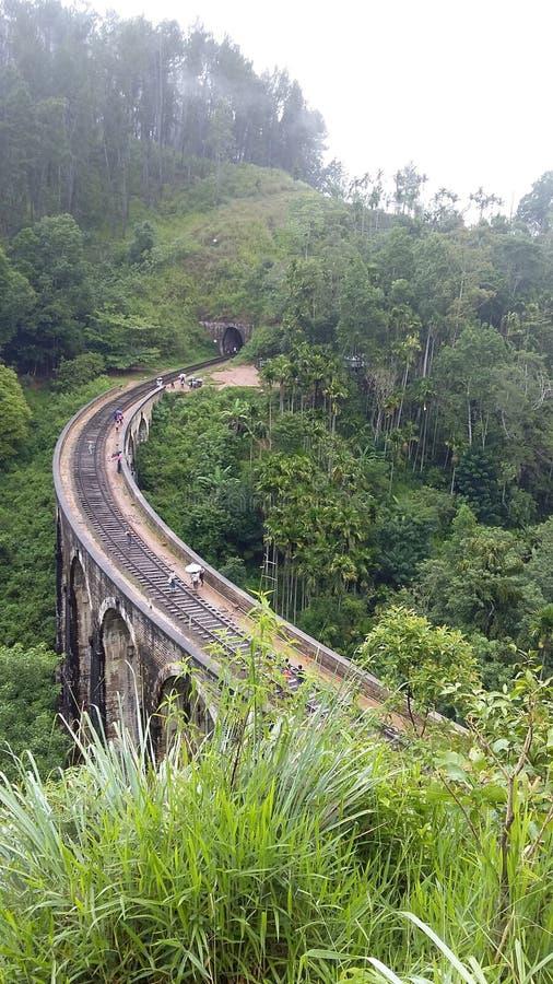 Η μόνη σχηματισμένη αψίδα γέφυρα στη Σρι Λάνκα στοκ φωτογραφία