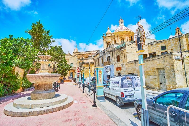 Η πηγή πετρών στην οδό κολλεγίου, Rabat, Μάλτα στοκ φωτογραφίες