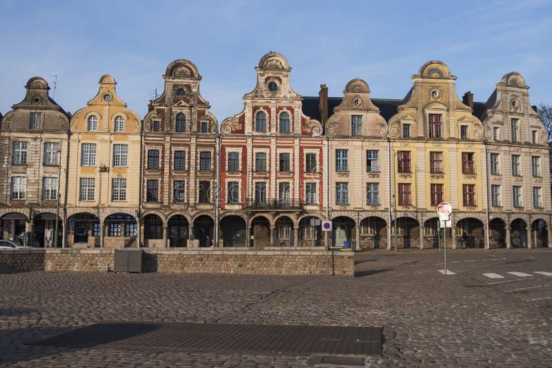 Θέση Arras στη Γαλλία με τα χαρακτηριστικά σπίτια στοκ εικόνες