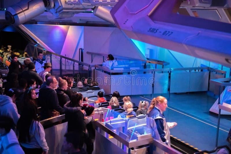 Θεματικό πάρκο θερέτρου Disneyland στο Αναχάιμ, Καλιφόρνια στοκ εικόνα