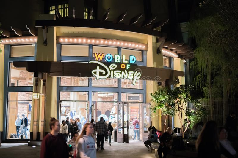 Θεματικό πάρκο θερέτρου Disneyland στο Αναχάιμ, Καλιφόρνια στοκ εικόνες με δικαίωμα ελεύθερης χρήσης