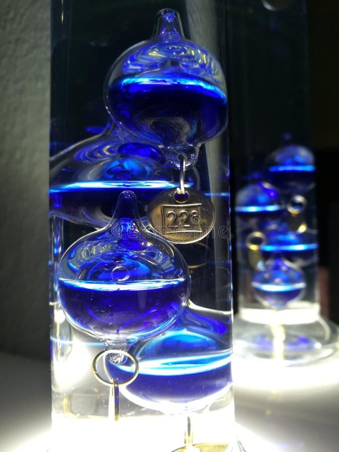 Θερμόμετρο Γαλιλαίος Galilei γυαλιού στοκ εικόνα