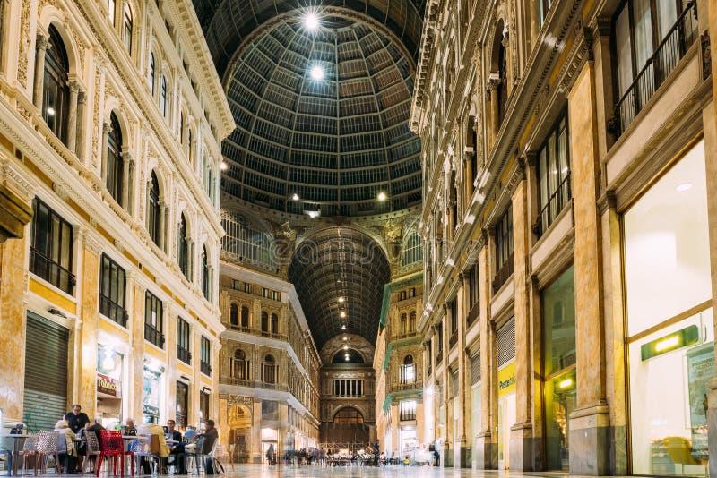 Ιταλία Νάπολη Εσωτερικό Galleria Umberto I ν στοκ εικόνες