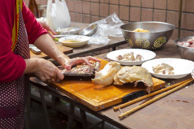 Κίνα, θρησκευτική πίστη, θυσίες, κοτόπουλο στοκ φωτογραφία με δικαίωμα ελεύθερης χρήσης