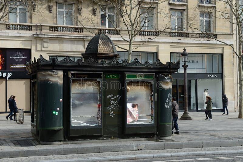 Κίτρινα σακάκια ταραχών στο Παρίσι στοκ εικόνες