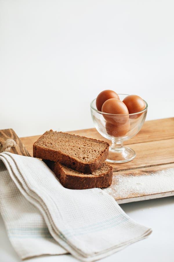 καφετιά αυγά φρέσκα στοκ φωτογραφία με δικαίωμα ελεύθερης χρήσης