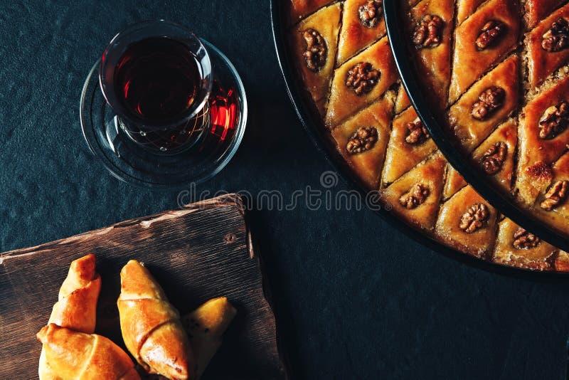Καυκάσιο τουρκικό baklava του Αζερμπαϊτζάν και στοκ φωτογραφίες