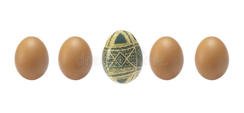Κενό υπόβαθρο Πάσχας με τα αυγά Πάσχας και τα λουλούδια άνοιξη στοκ φωτογραφία