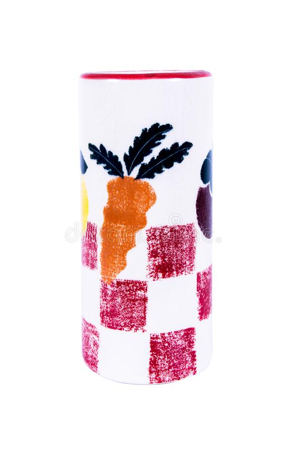 Κεραμικό βάζο με το σχέδιο λαχανικών και φρούτων που απομονώνεται στο άσπρο υπόβαθρο στοκ φωτογραφία με δικαίωμα ελεύθερης χρήσης