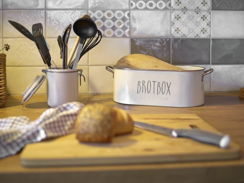 Κιβώτιο χαντρών σε έναν μετρητή κουζινών στοκ φωτογραφία με δικαίωμα ελεύθερης χρήσης