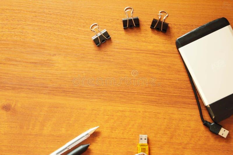 Κινήσεις και μάνδρες λάμψης συνδετήρων εγγράφου χαρτικών στοκ εικόνες με δικαίωμα ελεύθερης χρήσης