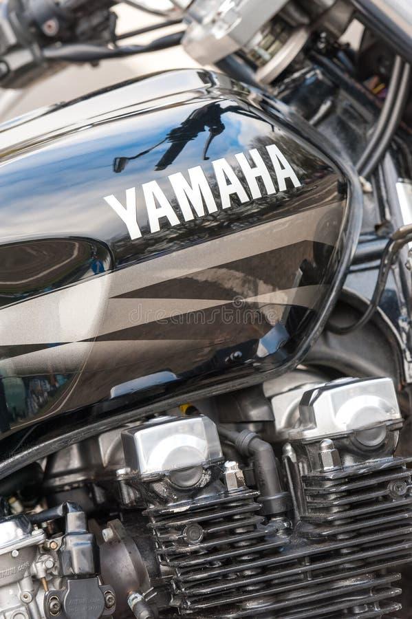 Κινηματογράφηση σε πρώτο πλάνο μοτοσικλετών Yamaha στοκ εικόνες