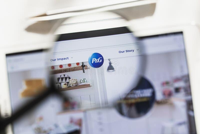 Κινκινάτι, Οχάιο, ΗΠΑ - 14 Μαρτίου 2019: Procter Gamble Company, επίσημη αρχική σελίδα ιστοχώρου PG κάτω από την ενίσχυση - γυαλί στοκ εικόνες