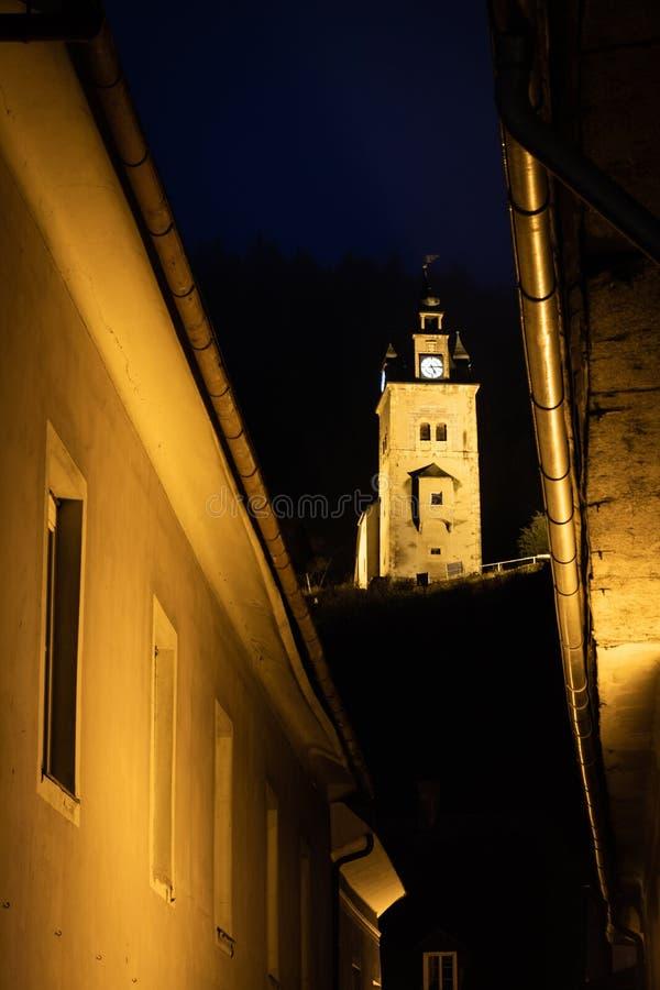 Κοιτάξτε μεταξύ των σπιτιών της πόλης Erzberg στον πύργο Schichtturm μετατόπισης στοκ φωτογραφίες με δικαίωμα ελεύθερης χρήσης