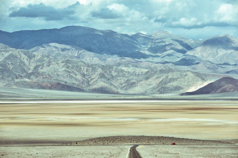 Κόκκινος κάνθαρος - άγρια κίνηση στην κοιλάδα θανάτου στοκ εικόνες