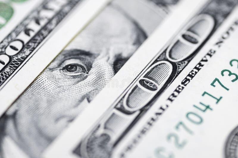 Μάτια του Benjamin Franklin ` s από έναν λογαριασμό εκατό-δολαρίων Το πρόσωπο του Benjamin Franklin στο τραπεζογραμμάτιο εκατό δο στοκ εικόνα