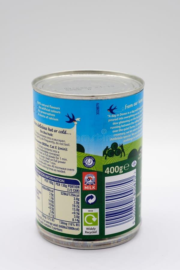 Μαρκαρισμένη αμβροσία κρέμα του Deven πληροφορίες στο ανακυκλώσιμος δοχείο κασσίτερου και θρεπτικές και της ανακύκλωσης ετικετών  στοκ εικόνες