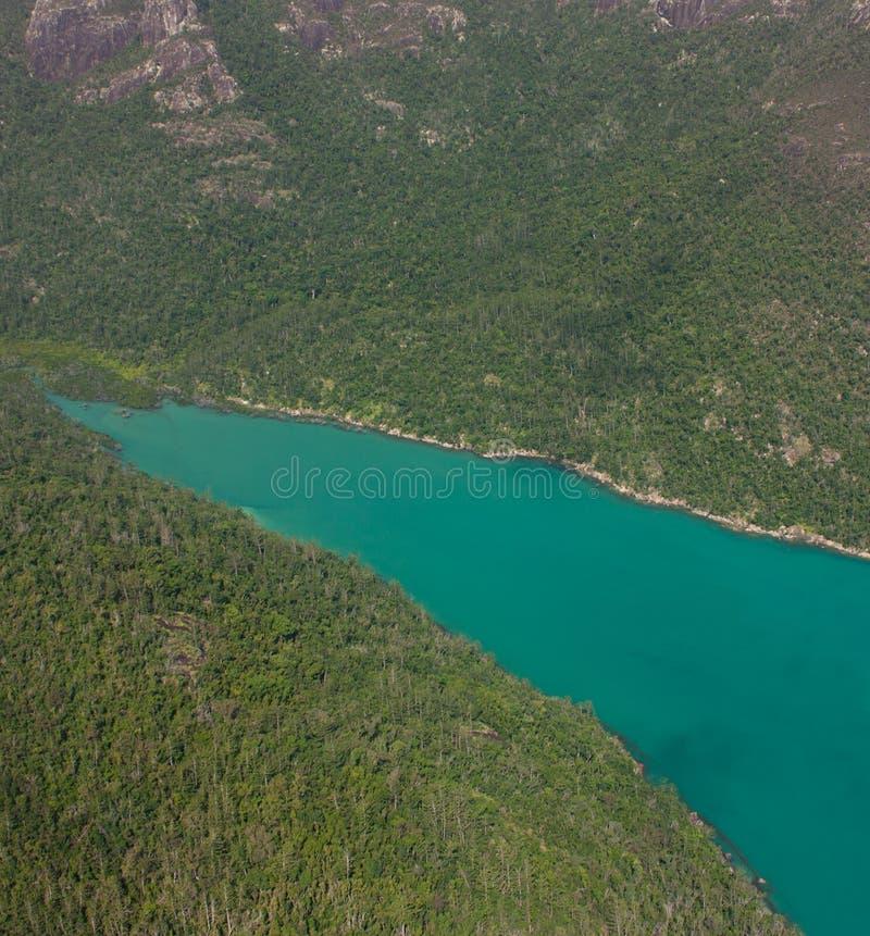 Μια εναέρια εικόνα ενός κολπίσκου σε Whitsundays στην Αυστραλία στοκ φωτογραφία